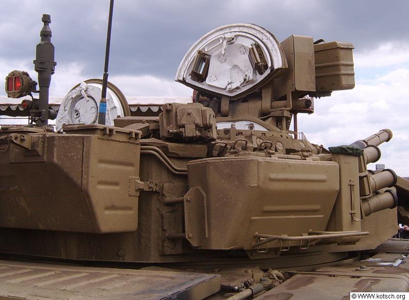 جولة داخليه في الدبابة الجزائرية T-90s . Shtora_27